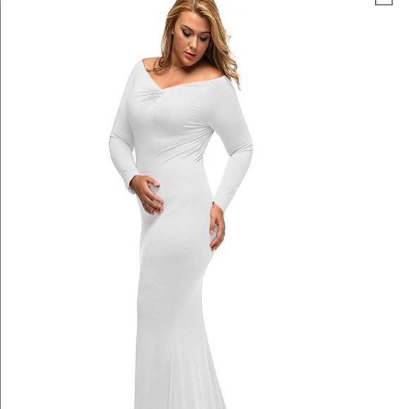 White plus size maternity gown